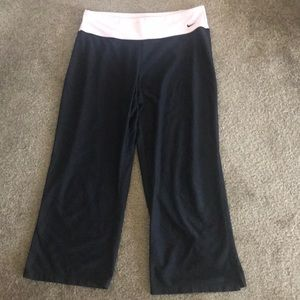Nike Fit Dry Crop Workout Pants